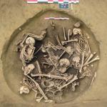 石器時代の暮らしや生活は平和じゃなかった?バラバラ殺人の怖すぎる墓発見!
